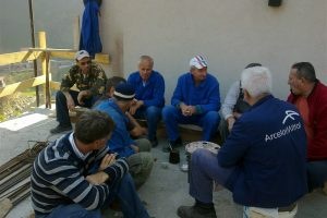 Odmor uz kahvu toku radova na gradnji abdesthane
